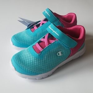 NWT Champion velcro memory foam toddler shoes